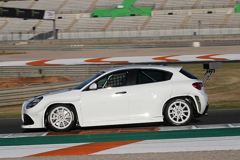 Edoardo Cappello debutta a Misano con l'Alfa Romeo