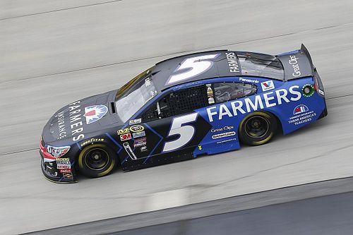 Kahne's No. 5 Hendrick team hit with fine, loss of points