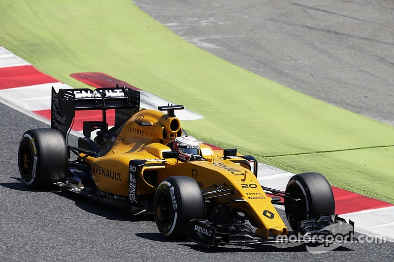 "Renault needs to ""capitalise"" on 2017 rule changes"