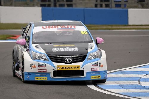 Brands Hatch BTCC: Ingram heads opening practice despite stopping
