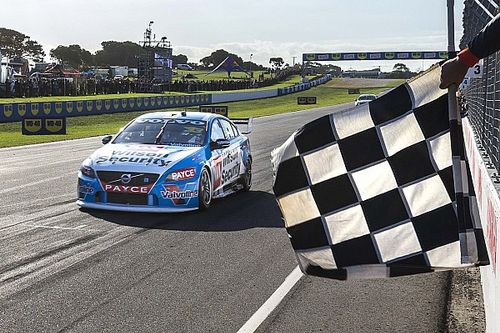 Phillip Island V8s: McLaughlin takes out final race