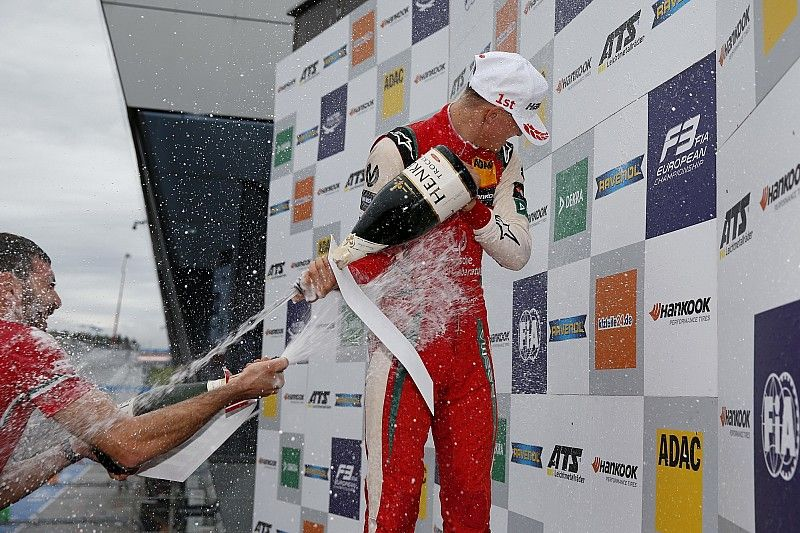 Schumacher, imparable camino del campeonato