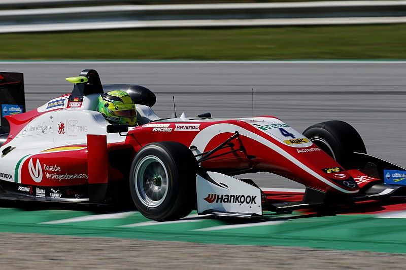 Red Bull Ring F3: Schumacher wins again, Ticktum crashes