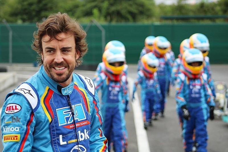 Алонсо потратил редкий выходной на шестичасовую картинговую гонку. И выиграл ее