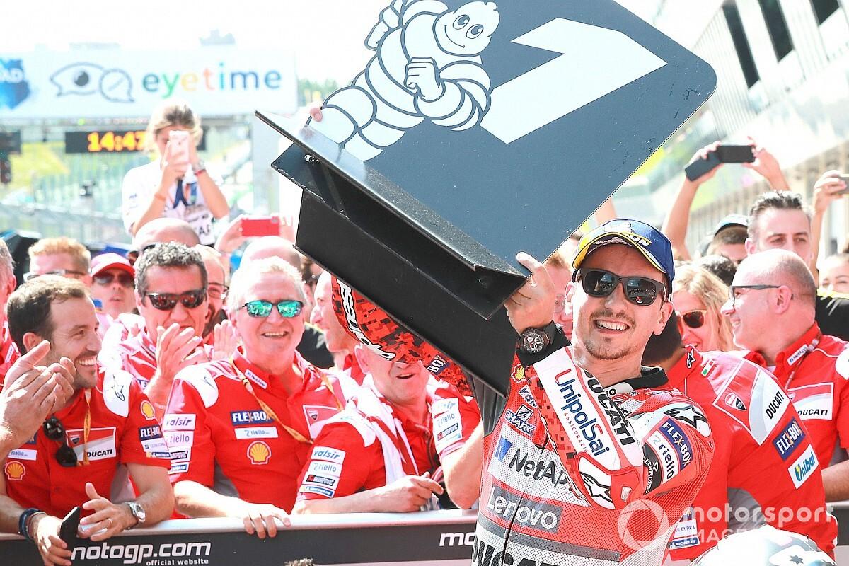 """Ducati: """"Puede que la opción de Lorenzo aún esté encima de la mesa"""""""
