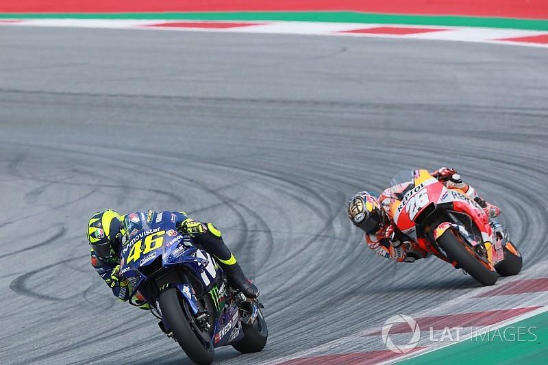 Rossi szerint a TOP 5-ben is végezhetett volna, ha előrébbről rajtol - Vinales feladta