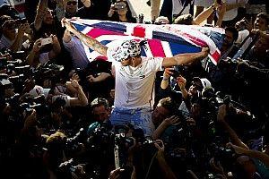 Sechster WM-Titel: Die schönsten Jubelbilder von Lewis Hamilton