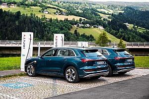 Újratervezik az elektromos autók vásárlásáért járó támogatás rendszerét