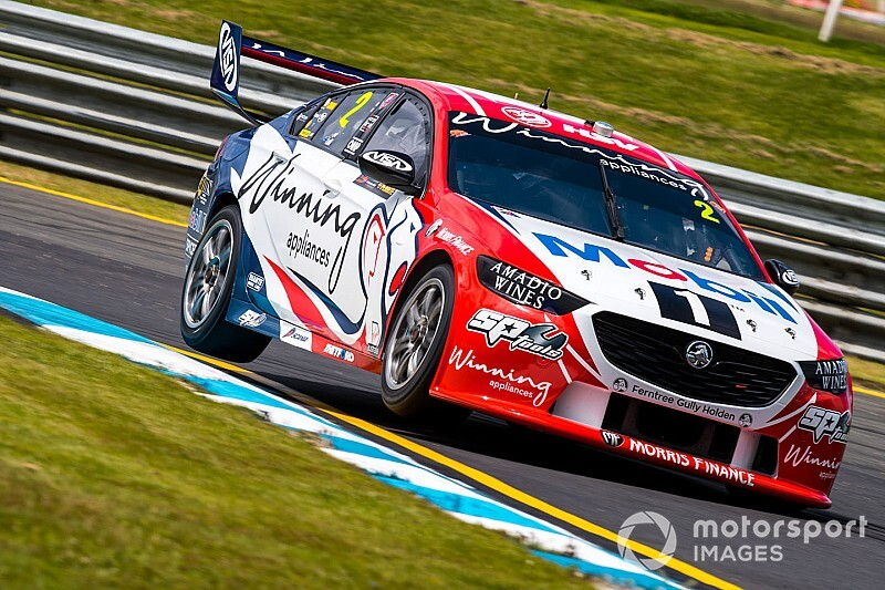 Sandown 500: Pye tops warm-up