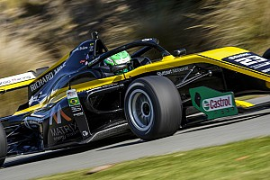 Após pole, volta mais rápida e 'vitória', Collet teve má sorte na Toyota Racing Series