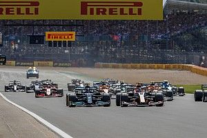 Mercedes: Accident between Hamilton and Verstappen 'inevitable'