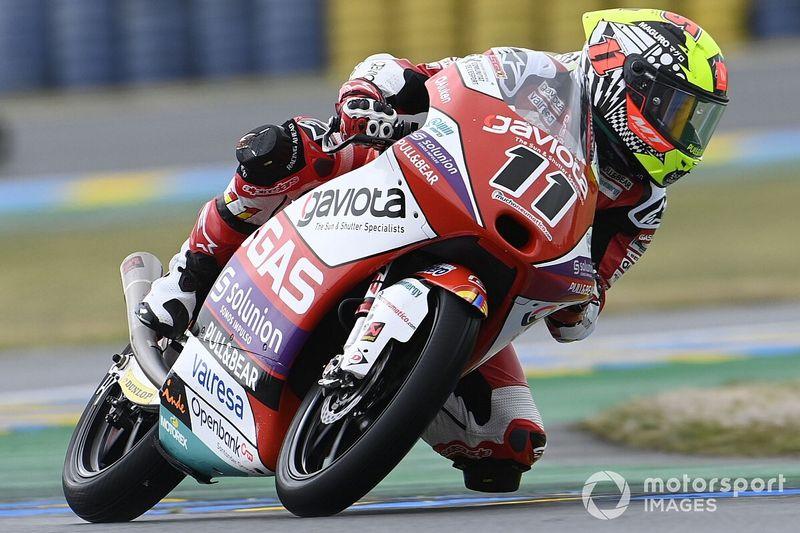 Moto3 Fransa: Islak zeminde Garcia kazandı, Deniz 9. oldu