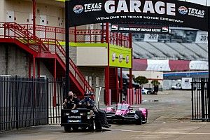 Rain delays force IndyCar to set Texas grid by points