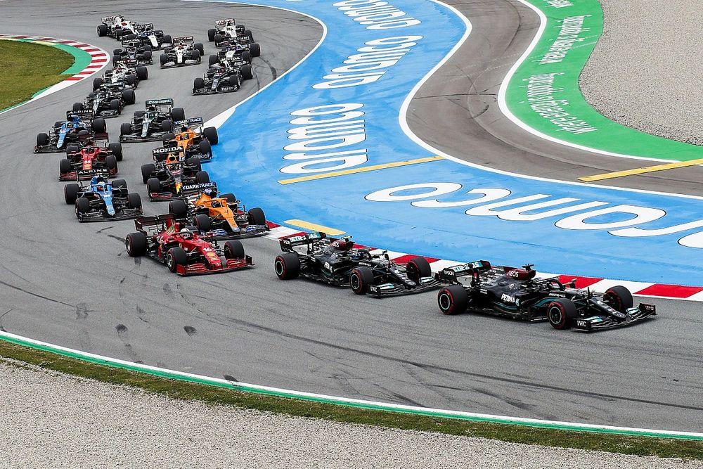 Leclerc explica su sensacional maniobra sobre Bottas en España