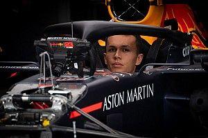 Albon décrit par ses mots le défi Red Bull/Verstappen