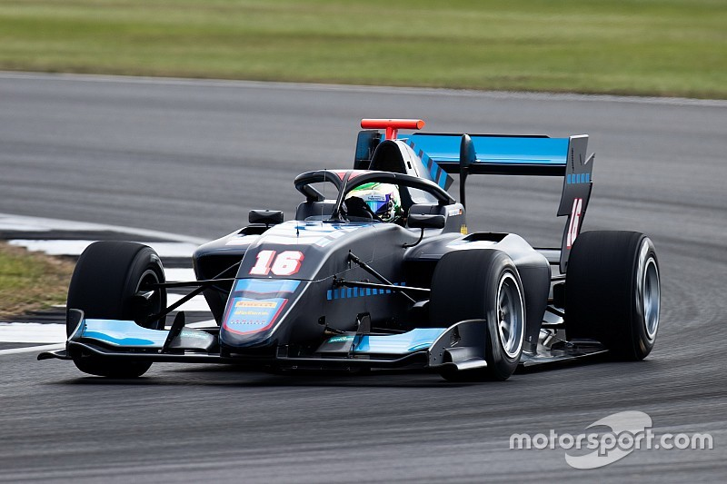 Fotogallery F3: lo svizzero Fabio Scherer, Jenzer Motorsport e il Sauber Junior Team a Silverstone