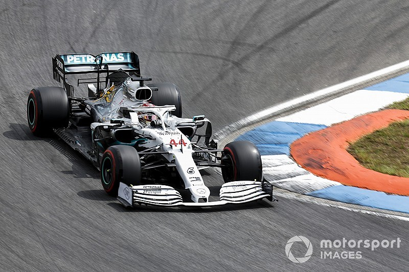 GP Germania: Hamilton è il kaiser in pole, le due Ferrari ko!