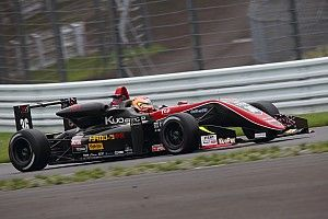 全日本F3第11戦|宮田がトップチェッカーも失格、アーメドが初V