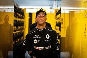 Renault duo, Sainz set for penalties after engine upgrade