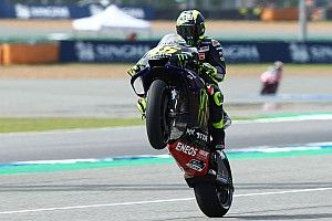 """Rossi: """"Márquez va fuerte, Dovizioso está en forma y Rins es rápido aquí"""""""