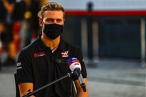 Schumacher: Őrületes volt az F1-es debütálásom!