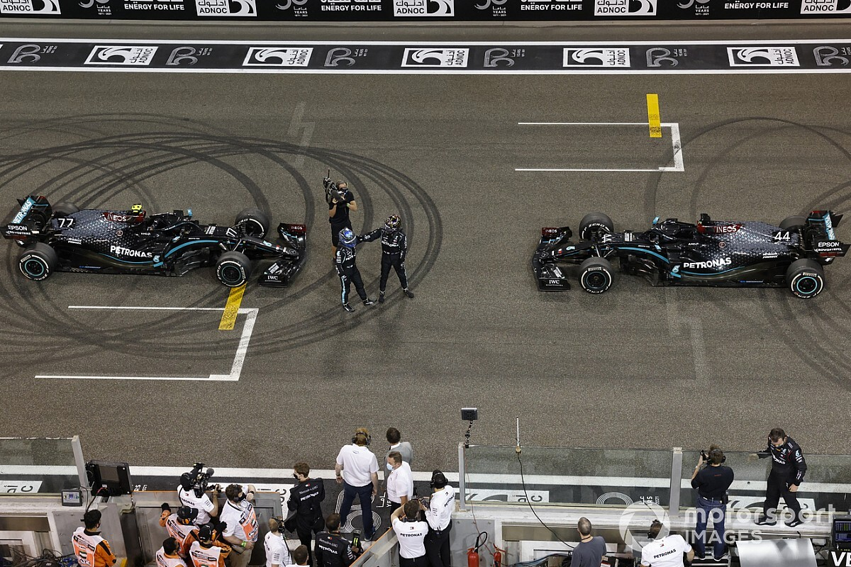 Ennyi nevezési díjat kell fizetniük az F1-es csapatoknak 2021-re!