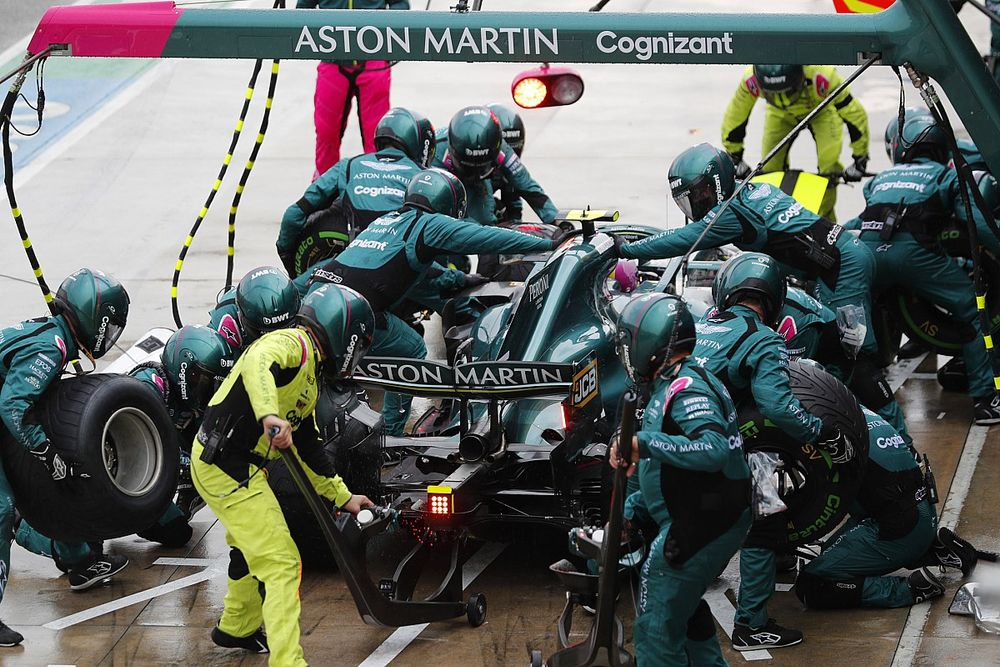 Soal Penalti Imola, Vettel Kritik Kinerja FIA