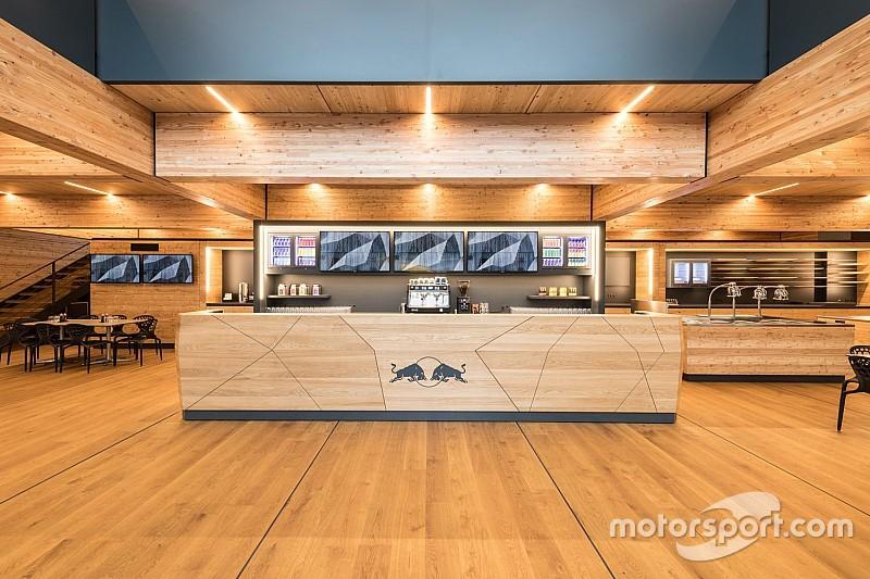 GALERIA: Veja a nova sede móvel da Red Bull para o GP da Espanha