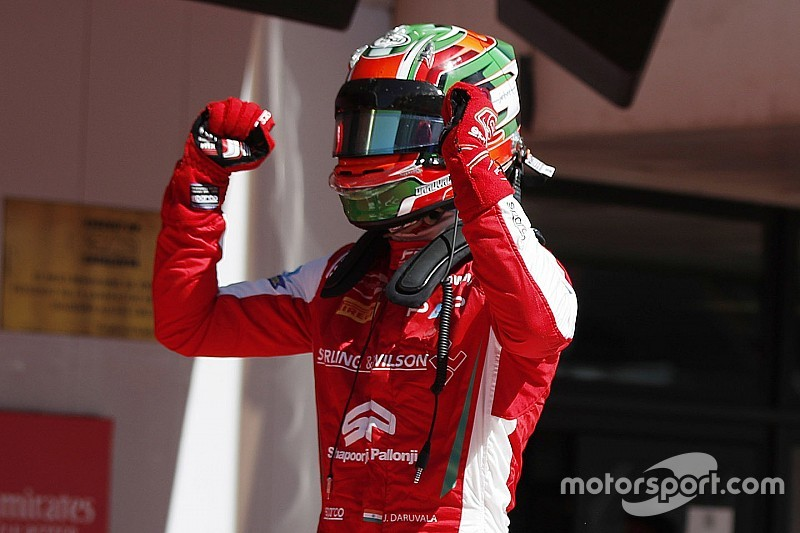 Barcelona F3: Daruvala beats Vips in Race 2