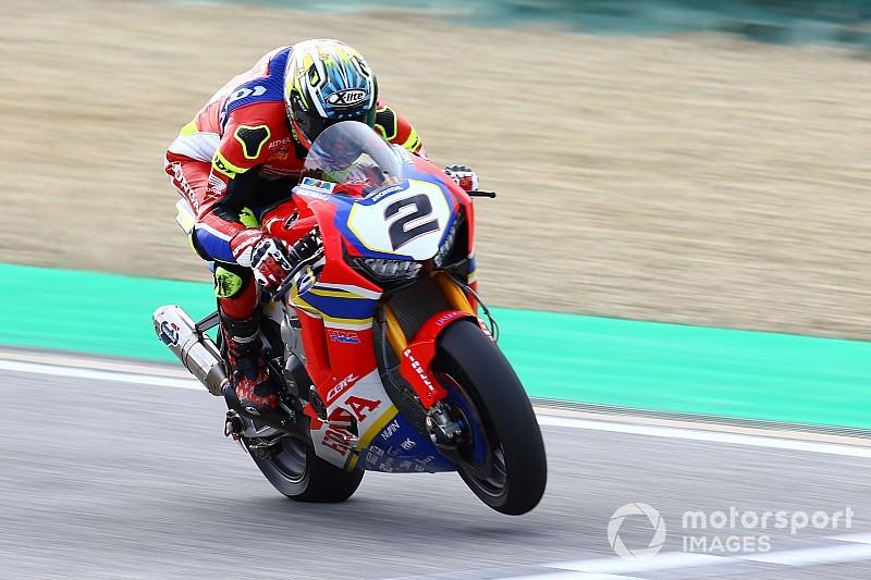 SBK, Camier ancora out, Honda in pista con una sola moto
