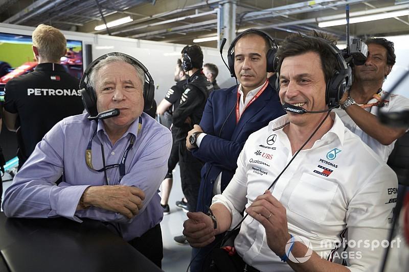 Wolff: A bennem lévő versenyző azt mondja, hogy bárcsak keményebb versenyzés lenne…