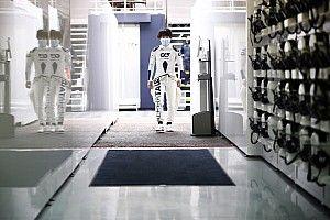 Цунода идет на смену Квяту. Фотогалерея первых тестов японца в Формуле 1