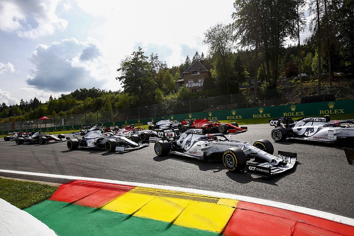 """Vettel afirma que F1 tem longo caminho a percorrer para seguir existindo no futuro: """"Não pode ficar sem fazer nada"""""""