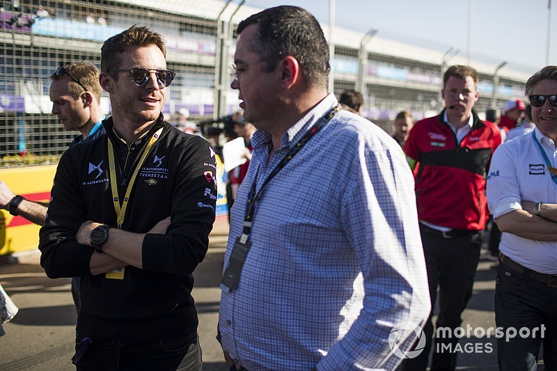 "Boullier wasn't ""desperate"" for post-McLaren F1 job"