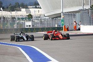 Hamilton critica defesa de Vettel no GP da Rússia