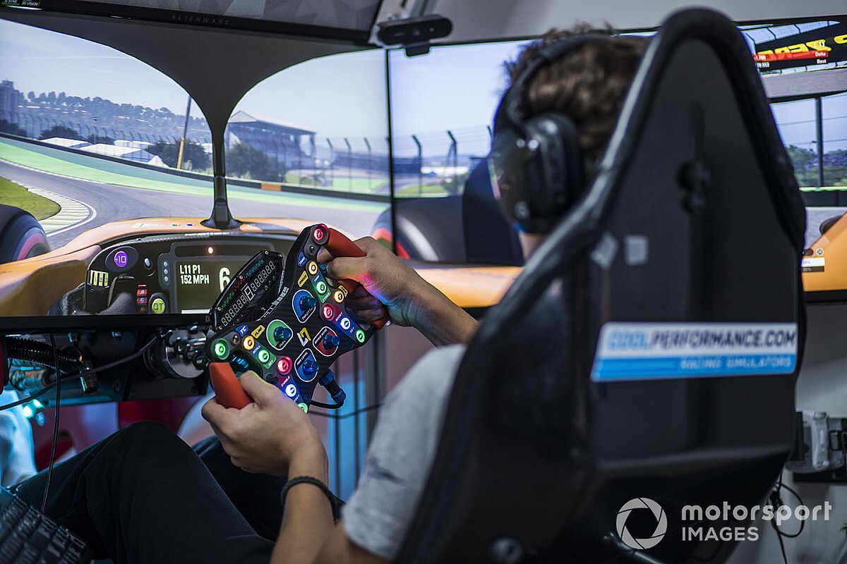 Why real racers face a tough time against pro sim drivers