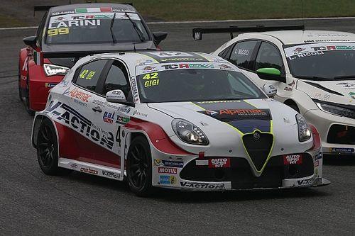 Luigi Ferrara ancora sugli scudi con l'Alfa Romeo, in Gara 2 a Monza arriva la quinta vittoria