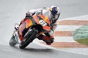 Strepitoso Oncu: vince al debutto in Moto3 a Valencia e scrive la storia. Di Giannantonio vice-campione