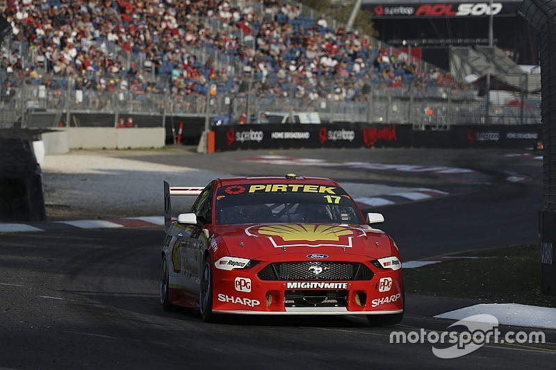 Adelaide 500: McLaughlin beats van Gisbergen to Sunday pole