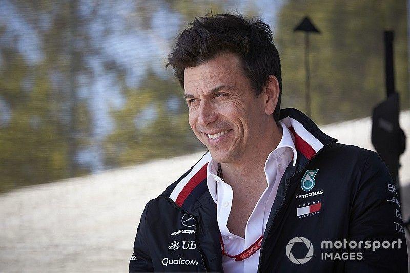 "Mercedes: Winning mindset not down to ""tree-hugging"" ideas"