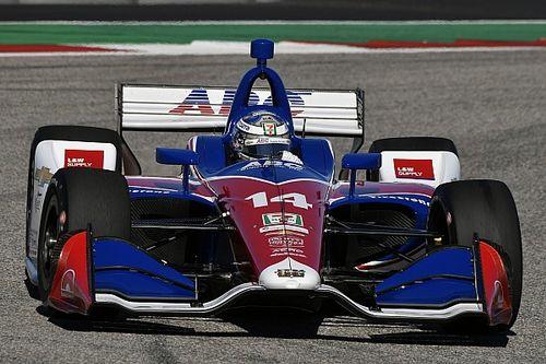 Kanaan não pretende se aposentar e elogia Alonso: 'Faz até carroça andar'