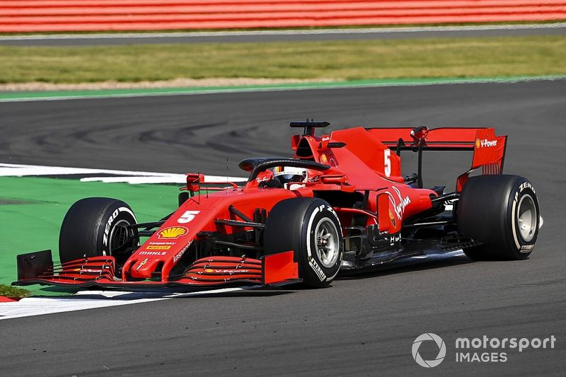 Ferrari encuentra un problema en el chasis de Vettel