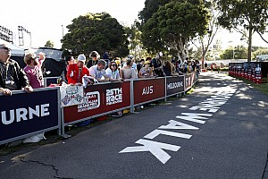 Australian GP pushes on with event despite F1 cancellation