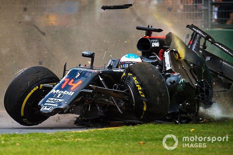 C'était un 20 mars: le terrible crash d'Alonso à Melbourne