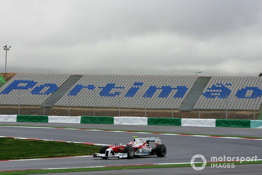 Pirelli, yenilenen 2021 F1 lastiklerini Portekiz GP hafta sonunda test edecek