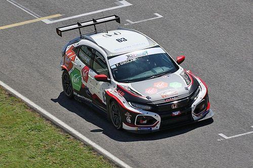 TCR Italy, Mugello: spettacolare Pole al debutto per Girolami