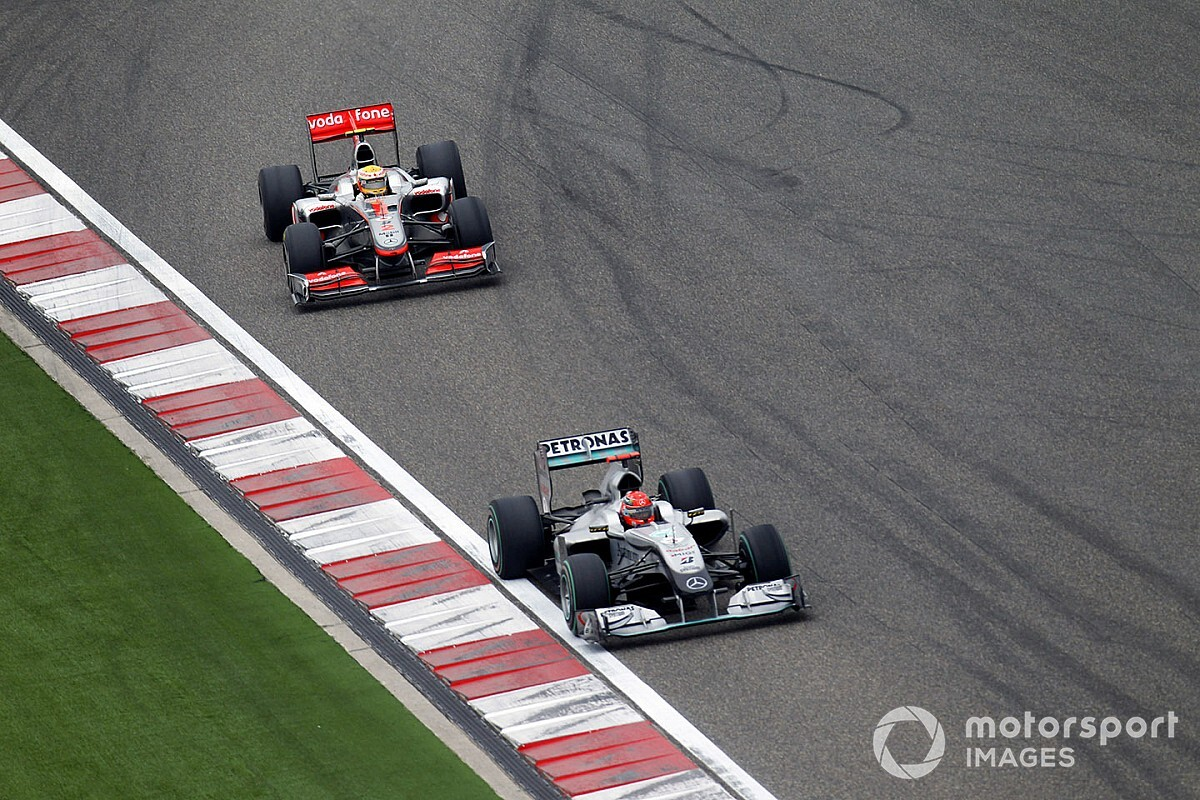 Mark Webber elmondta, szerinte Hamilton vagy Schumacher-e a jobb pilóta