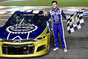 Chase Elliott earns redemption with win at Charlotte