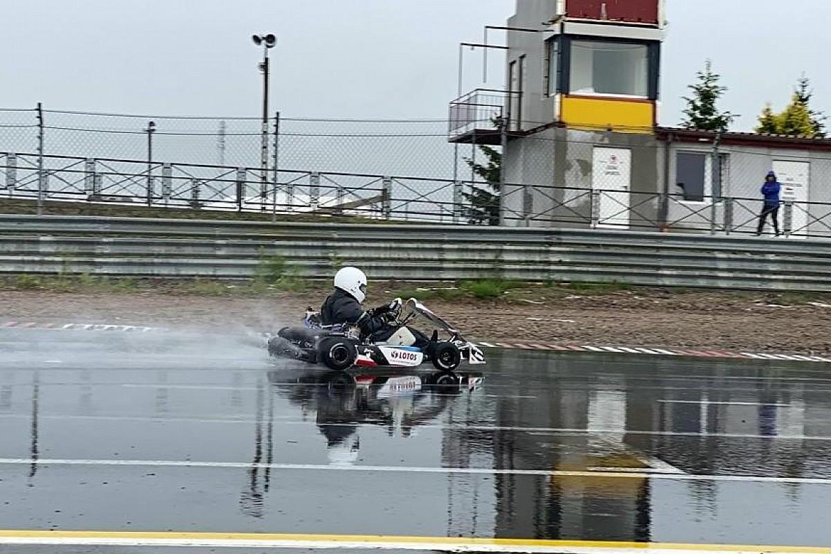 Deszczowy trening Kajetanowicza