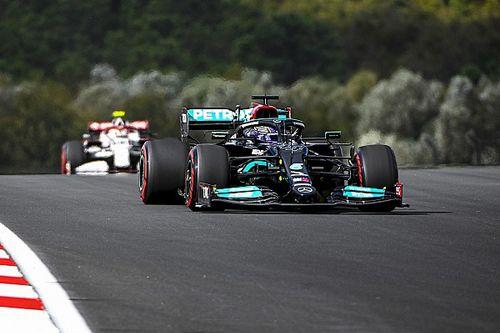 Hamilton superieur in kwalificatie, Bottas en Verstappen op eerste rij